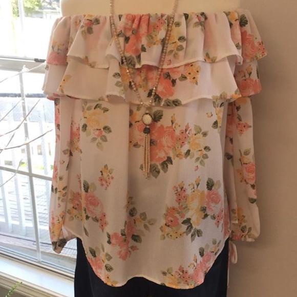 9a834d057dc22 Off the Shoulder Floral Top. Boutique. Noa Elle